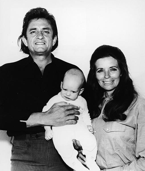 johnny-cash-family-1970-600