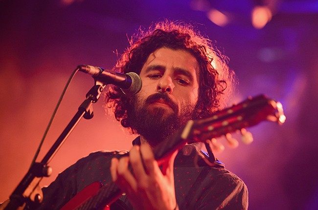 jose-gonzalez-performs-madrid-2015-billboard-650