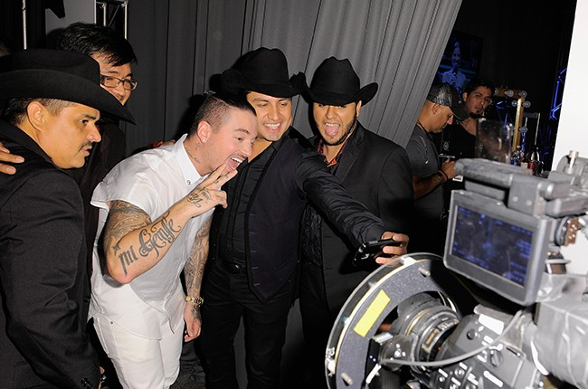 Julion Alvarez Y Su Norteno Banda and J Balvin