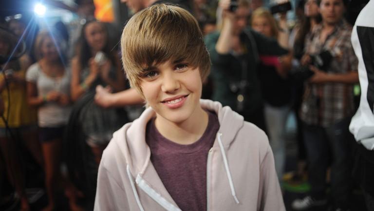 <p>Justin Bieber poses at the Much Music Environment on&nbsp&#x3B;Aug. 7&nbsp&#x3B;2009.</p>