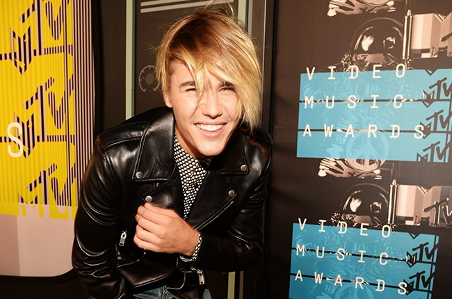 Justin Bieber attends the 2015 MTV Video Music Awards