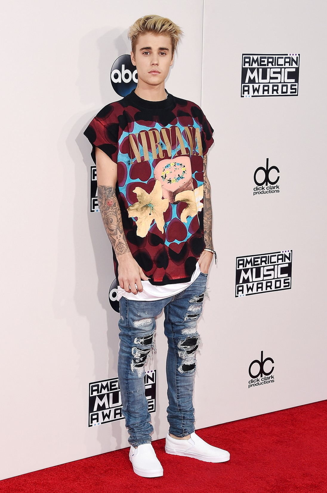 Justin Bieber attends the 2015 American Music Awards at Microsoft Theater on Nov. 22, 2015 in Los Angeles.