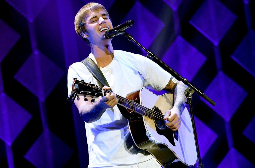 Justin Bieber performs at Staples Center on Dec. 2, 2016 in Los Angeles.