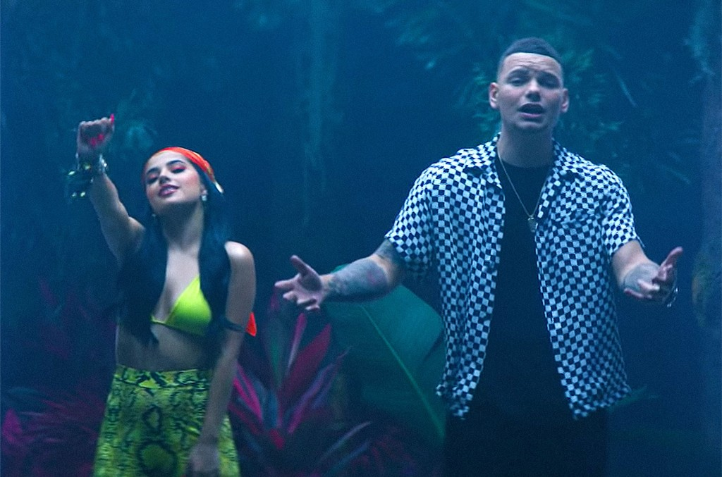 "Kane Brown & Becky G, ""Lost in the Middle of Nowhere"" (Spanish Remix)"