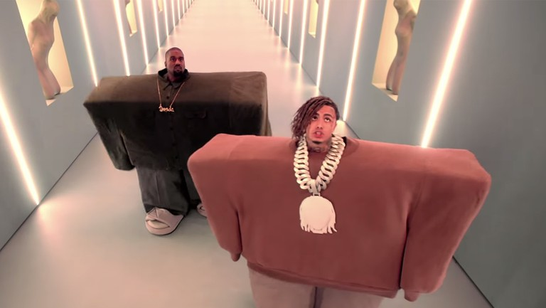 Crowd Me Im Famous Roblox The Absurdity Of Kanye West And Lil Pump S I Love It Video Is Deeper Than You Think Billboard