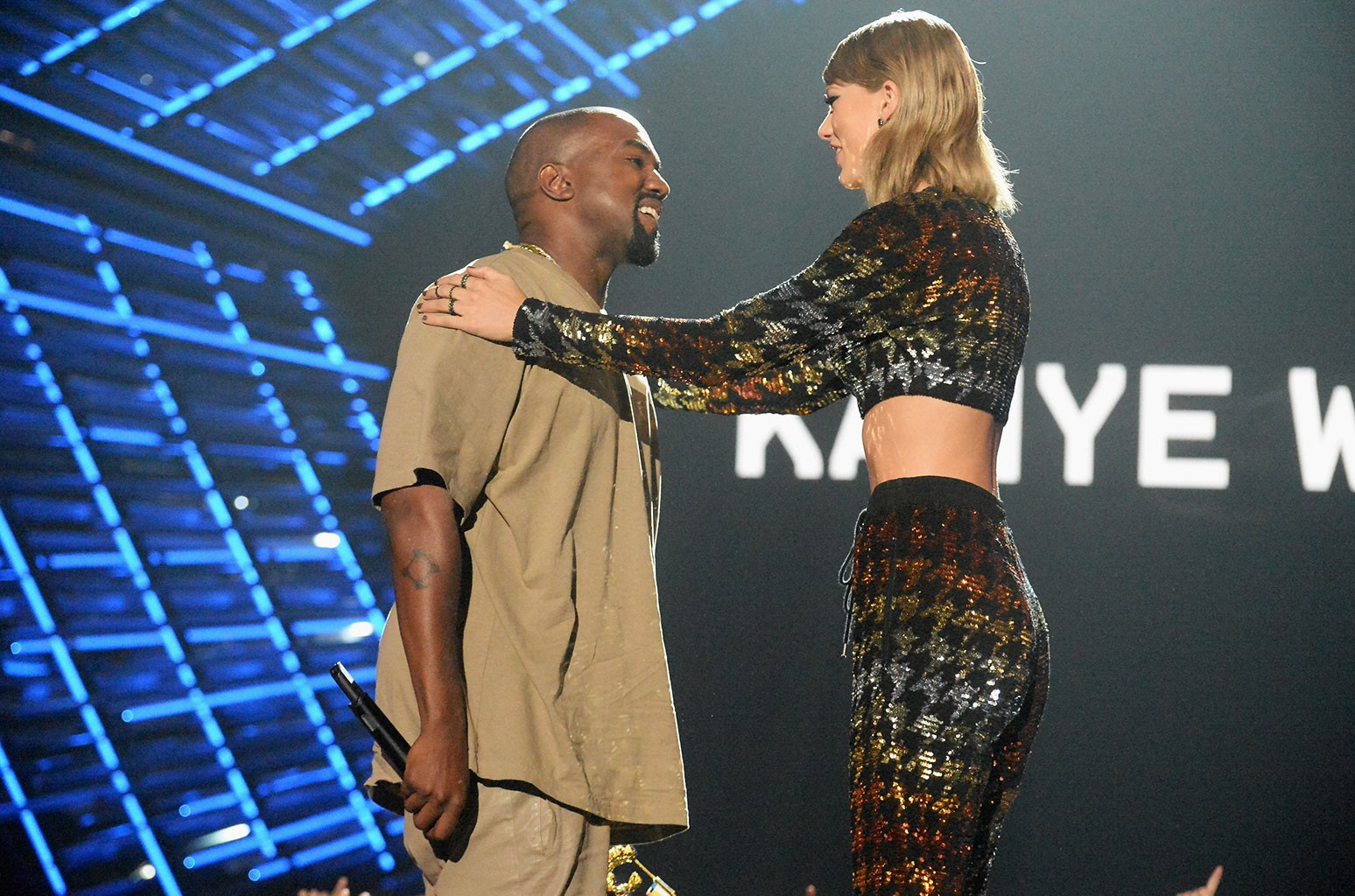 A Complete Timeline Of Kanye West Taylor Swift S Relationship Billboard