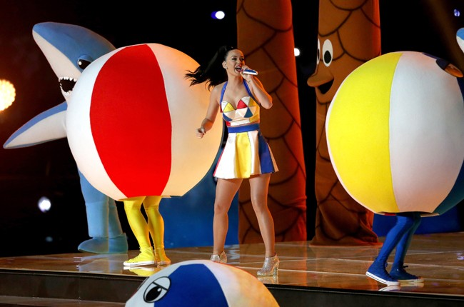 katy-perry-07-super-bowl-halftime-xlix-2015-billboard-650