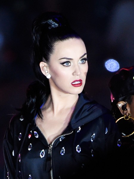 katy-perry-15-super-bowl-halftime-xlix-2015-billboard-450