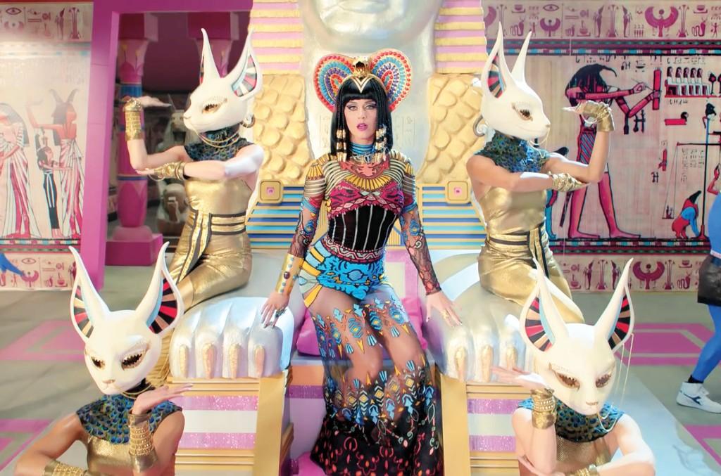"Katy Perry, ""Dark Horse"""