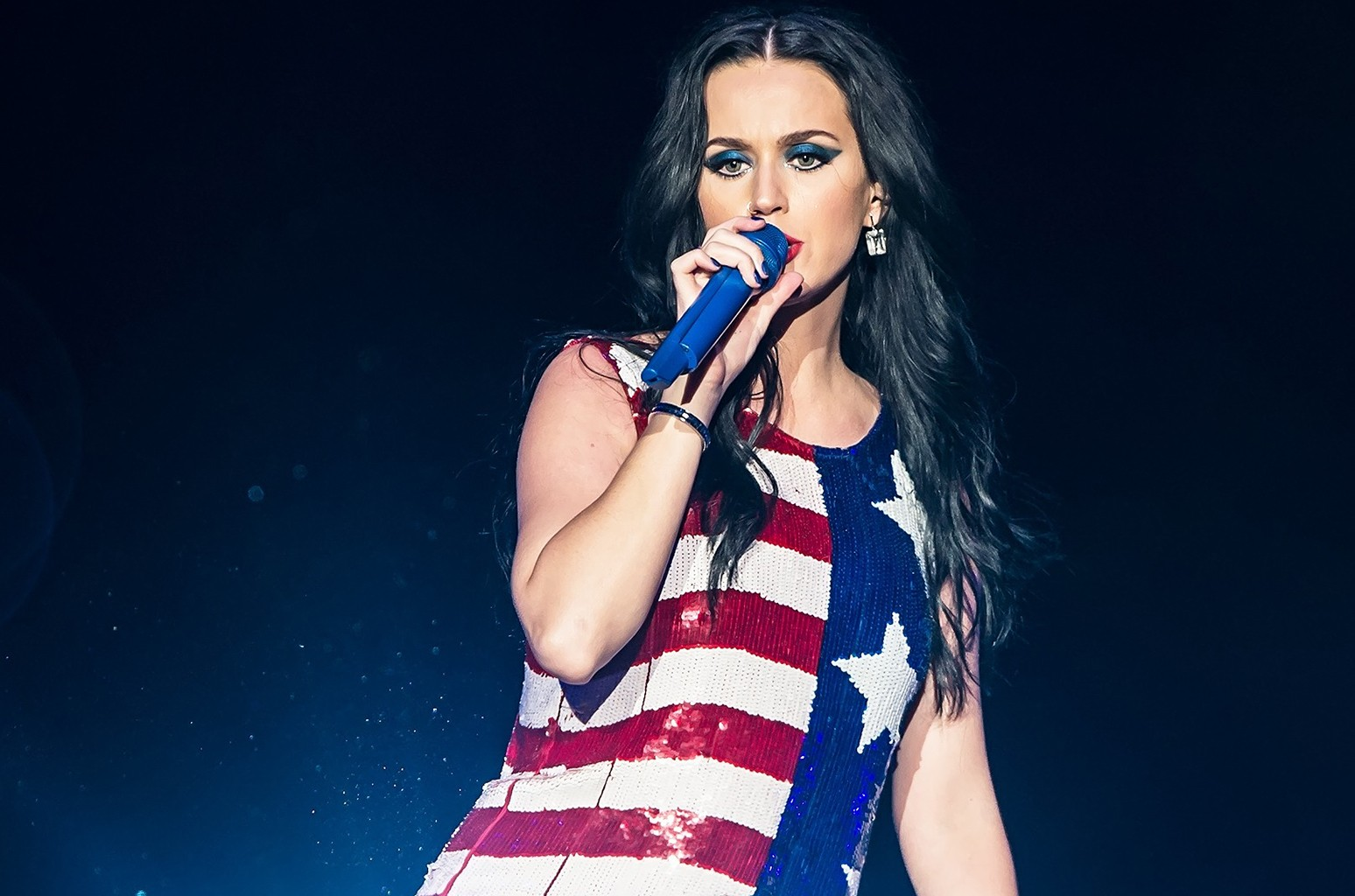 Katy Perry performs in support of Hillary Clinton