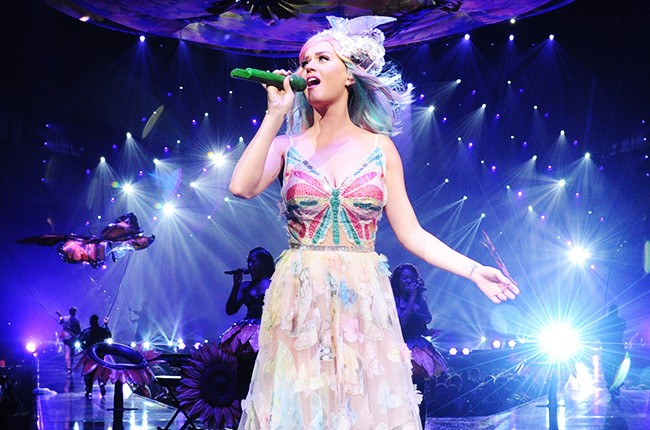 """Katy Perry performs """"The Prismatic World Tour"""""""