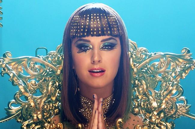 Katy Perry -- Dark Horse Video