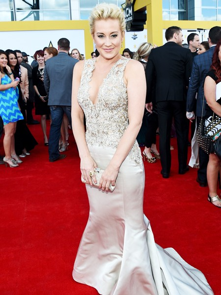 Kellie Pickler attends the 50th Academy Of Country Music Awards