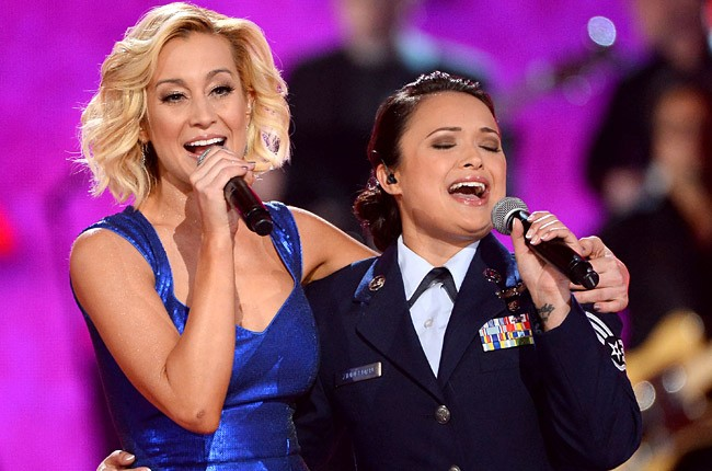 Kellie Pickler at ACM Presents: An All-Star Salute to the Troops