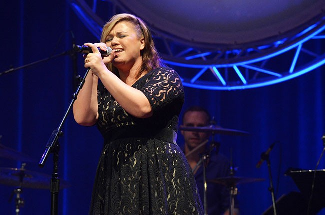 Kelly Clarkson, ACM Honors 2014.