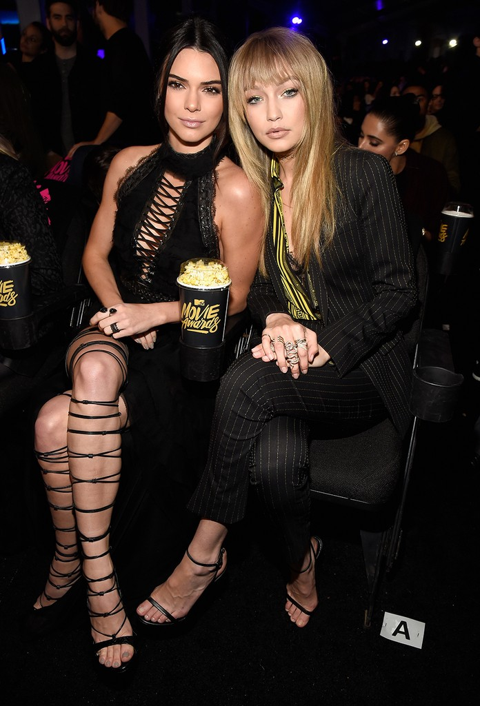Kendall Jenner and Gigi Hadid  2016 mtv movie awards