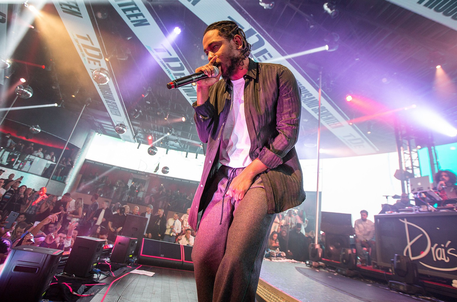 Kendrick Lamar performs at Drai's Nightclub in Las Vegas on Dec. 31, 2016.