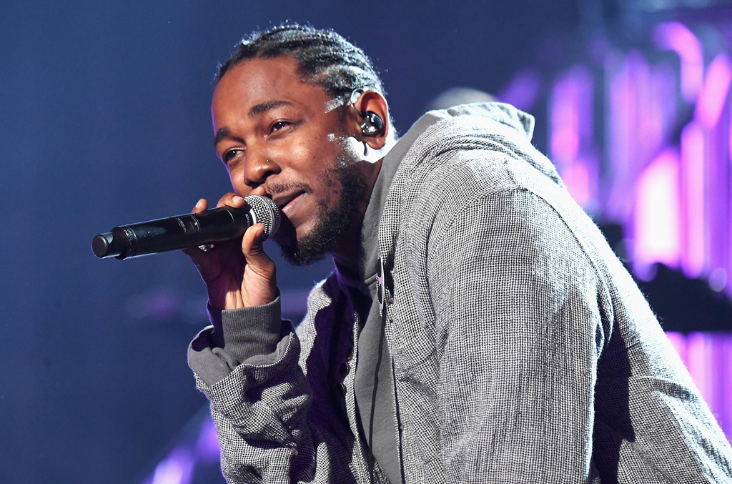Kendrick Lamar performs at the 2016 American Music Awards at Microsoft Theater on Nov. 20, 2016 in Los Angeles.