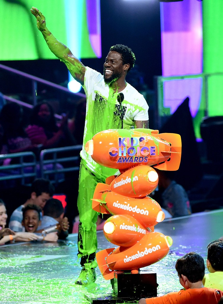 Kevin Hart gets slimed onstage at Nickelodeon's 2017 Kids' Choice Awards at USC Galen Center on March 11, 2017 in Los Angeles.