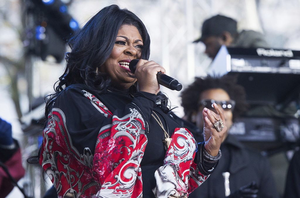 Kim Burrell performs in 2016