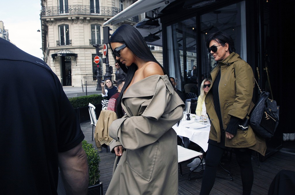 Kim Kardashian West and Kris Jenner photographed on Oct. 2, 2016 in Paris.