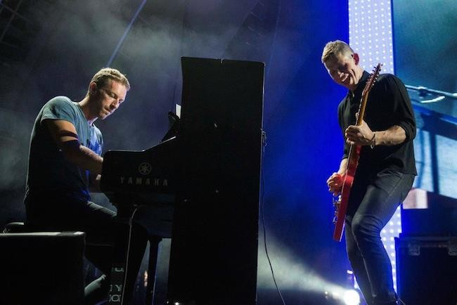 kings-of-leon-coldplay-hollywood-bowl-650