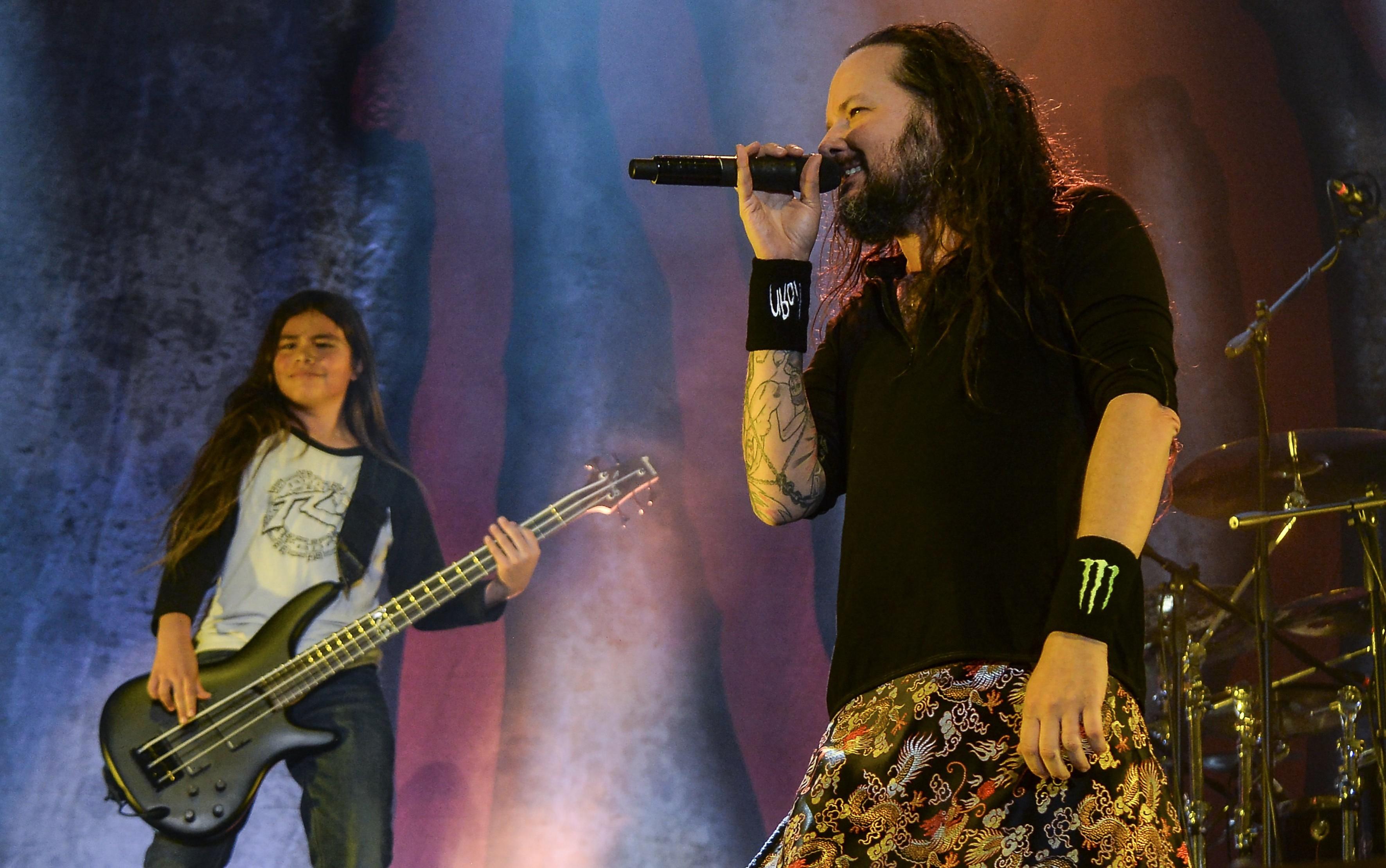 Jonathan Davis and Tye Trujillo of Korn perform in Bogota on April 17, 2017.