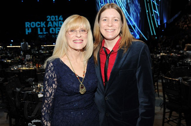 Wendy and Kim Cobain at the 2014 Rock And Roll Hall Of Fame Induction