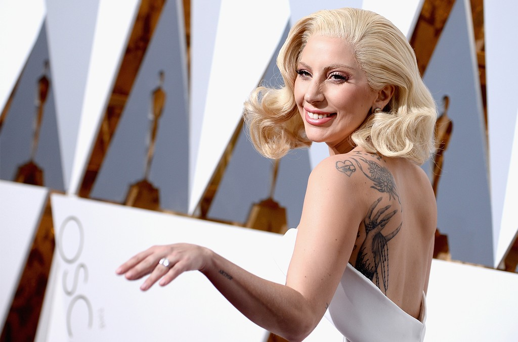 Lady Gaga attends the 2016 Academy Awards