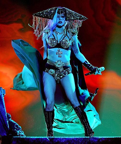 lady-gaga-25may2011-600-compressed.jpg