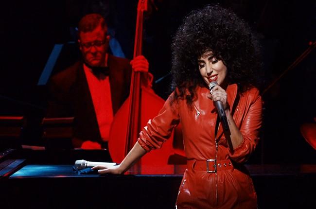 """Lady Gaga performs """"Bang Bang"""""""