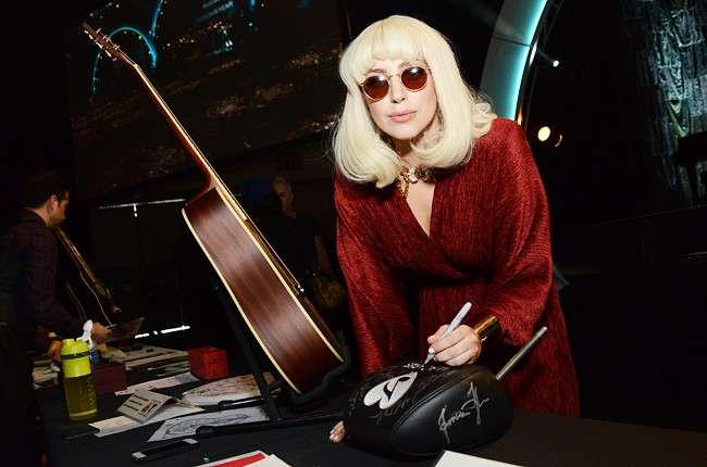 lady-gaga-grammy-parties-2014-650-430
