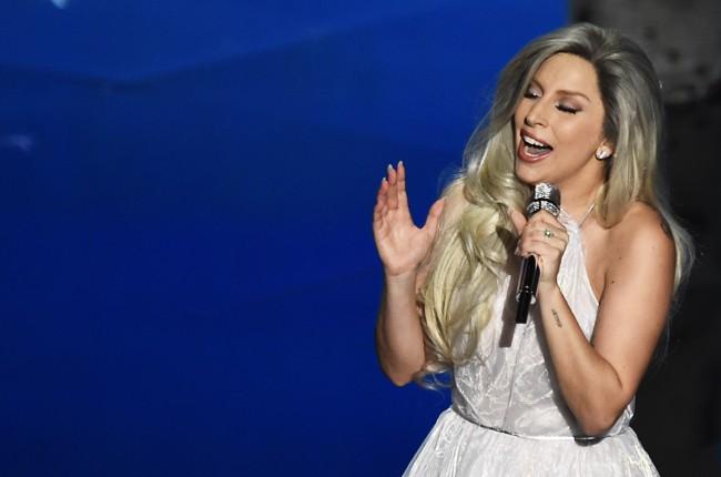 Lady Gaga Sound of Music Performance 2015 Oscars