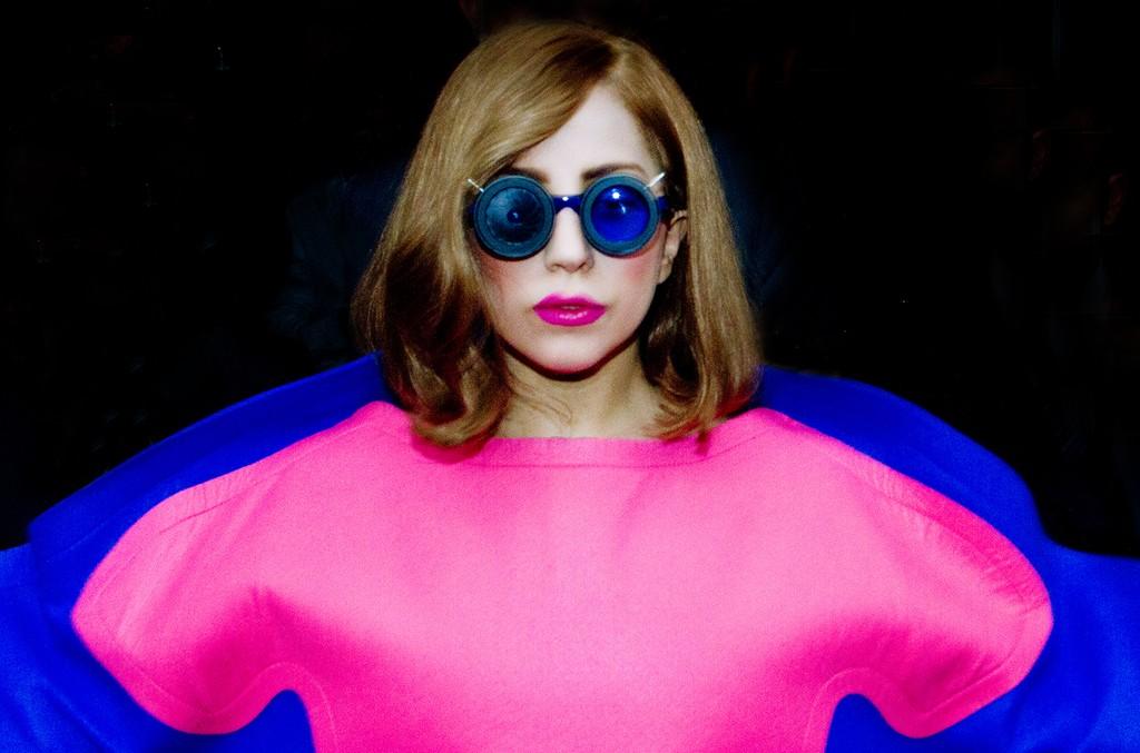 Lady Gaga is seen leaving the 'Park Hyatt Paris Vendome' hotel on Sept. 22, 2012 in Paris.