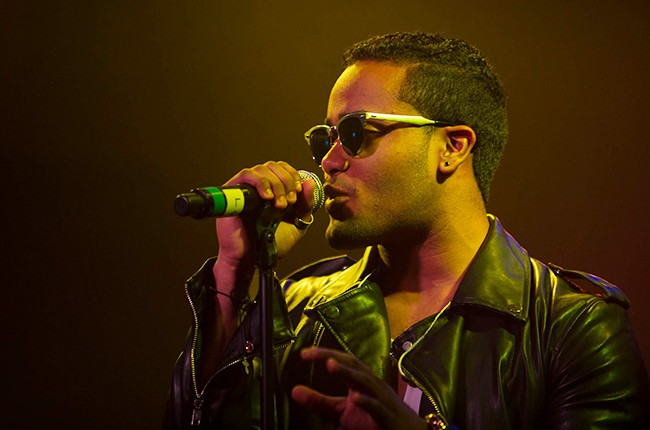 Karlos Rose performs at the Pandora Discovery Den Noche de Musica Latina