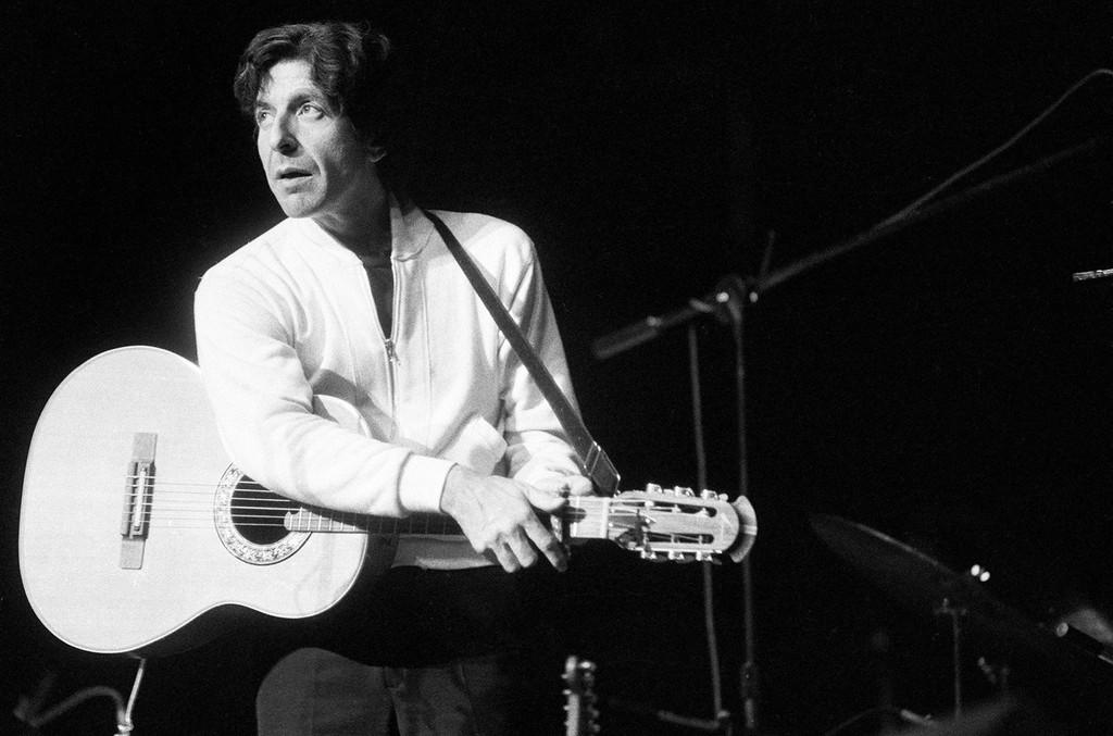 Leonard Cohen, 1976