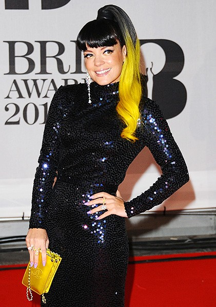 lily-allen-2-brit-awards-red-carpet-2014-600