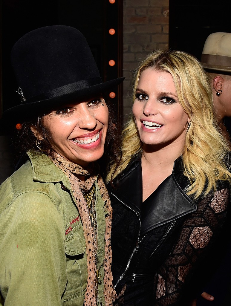 Linda Perry and Jessica Simpson