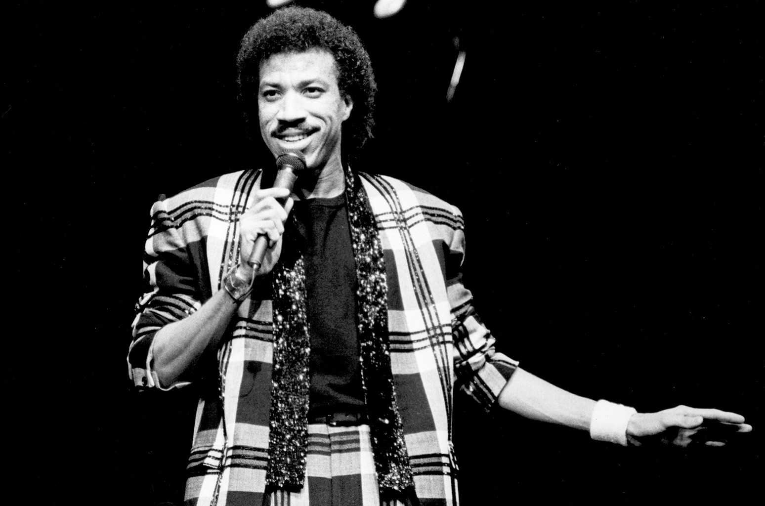 Lionel Richie performs circa 1980.
