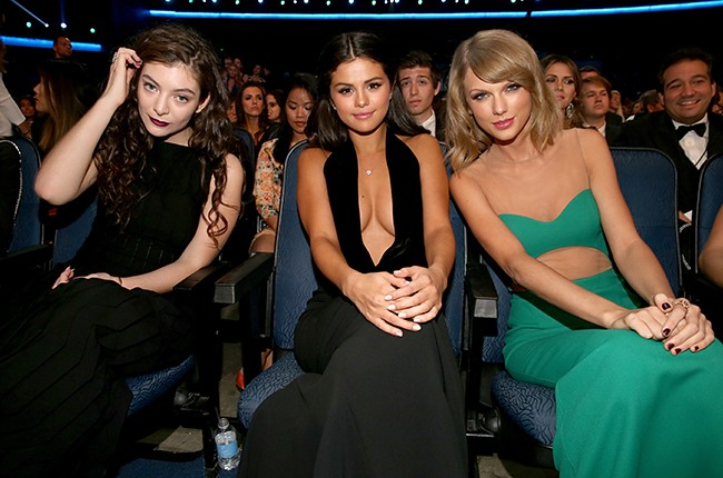 lorde-taylor-swift-selena-gomez-ama-2014-billboard-650