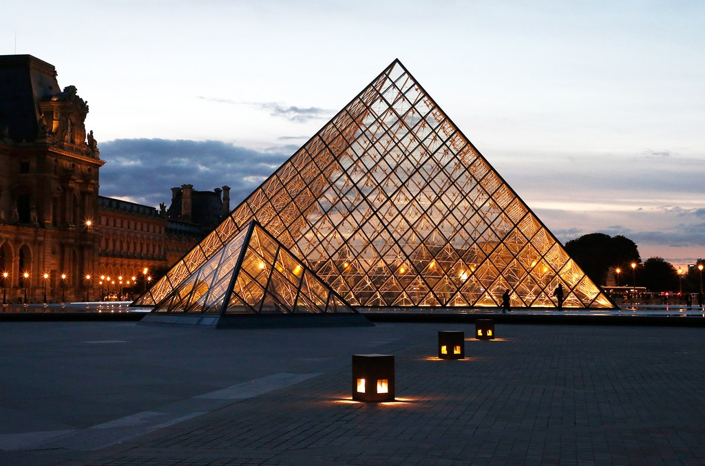 Helped By Beyonce Video Louvre Museum Breaks Visitor Record In