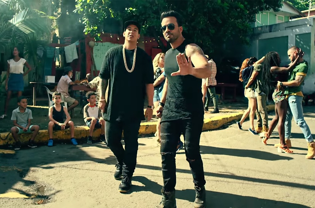 "Luis Fonsi ft. Daddy Yankee, ""Despacito"""