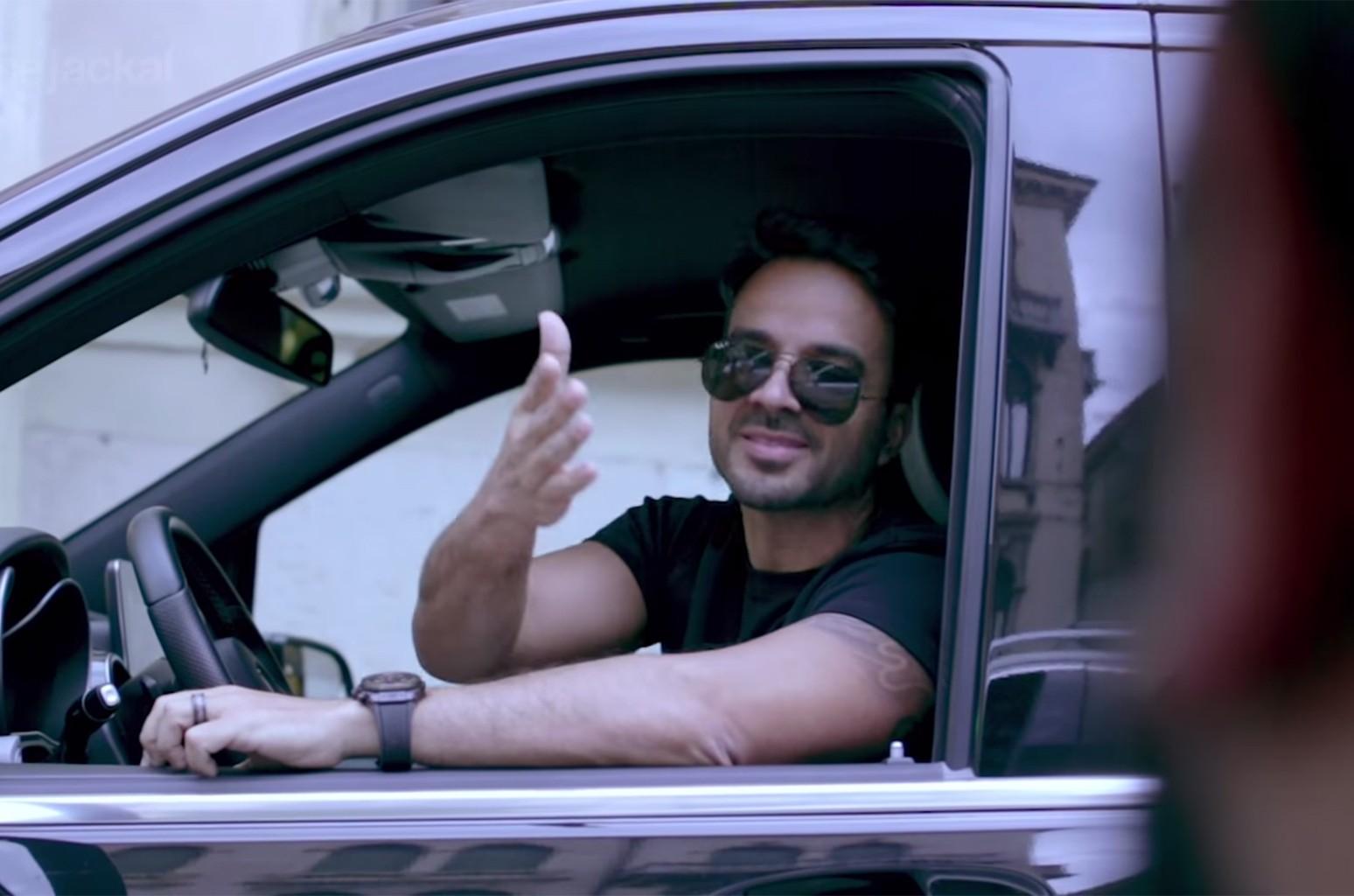 "Luis Fonsi joins The Jackal in a ""Despacito"" karaoke carpool."