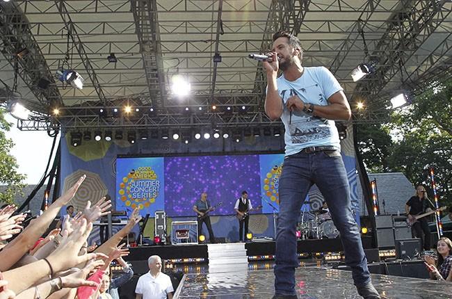 Luke Bryan performs in 2014.
