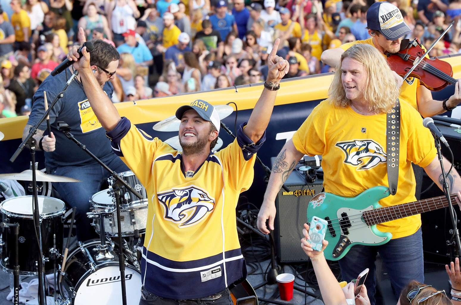 Luke Bryan performs during the opening of the TV broadcast of The 2017 Stanley Cup Final, Game 6 at Tootsie's Orchid Lounge on June 11, 2017 in Nashville, Tenn.