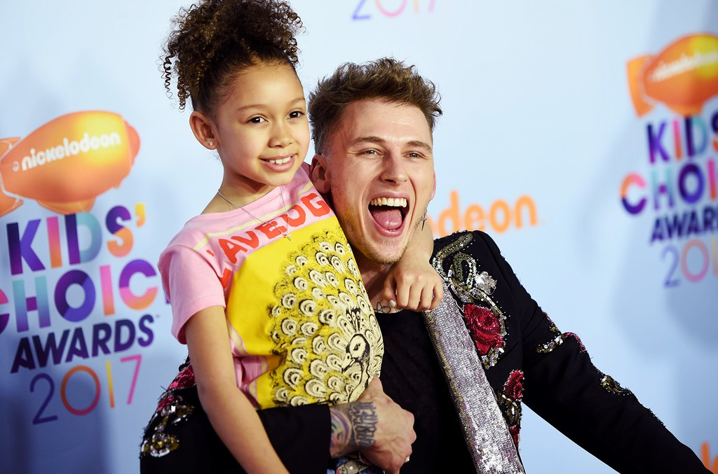 Machine Gun Kelly and daughter Casie Colson Baker arrive for the 30th Annual Nickelodeon Kids' Choice Awards on March 11, 2017 in Los Angeles.