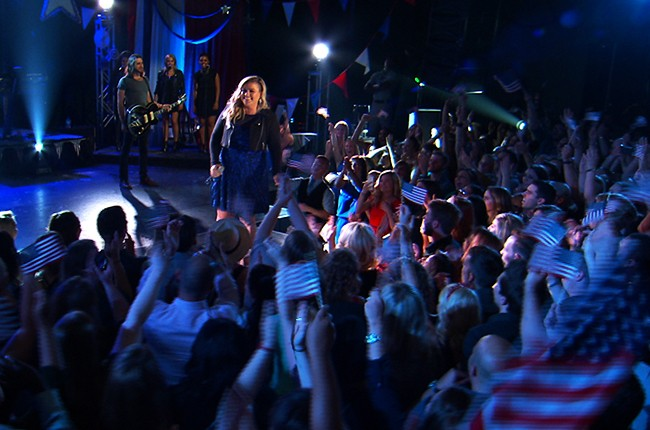 """Kelly Clarkson performs for the """"Macy's Fourth of July Fireworks Spectacular."""""""