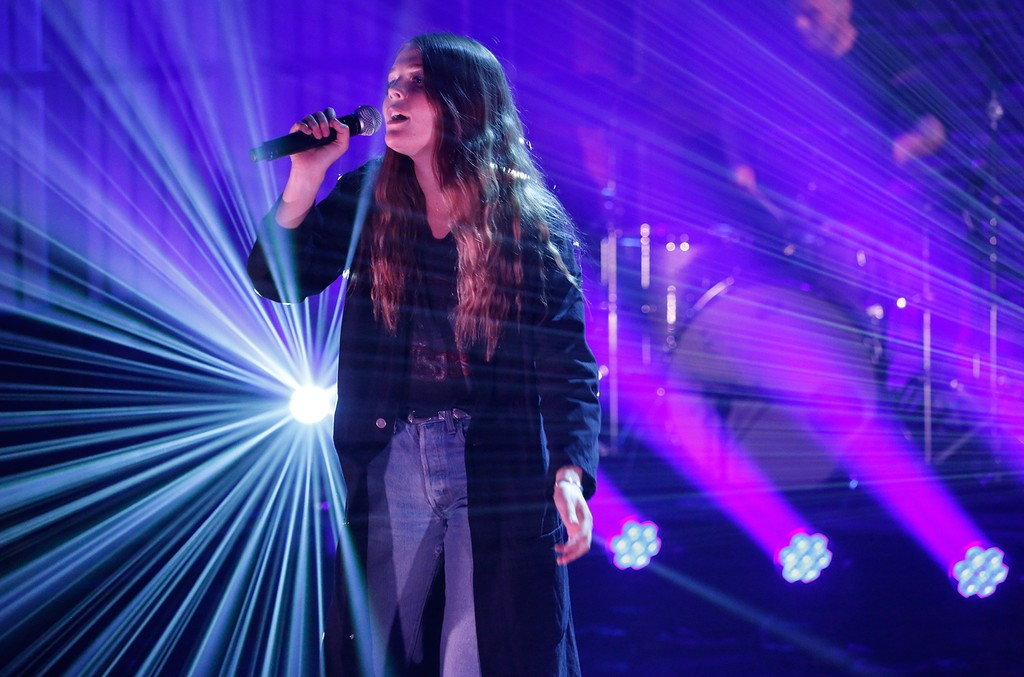 Musical guest Maggie Rogers performs 'Late Night with Seth Meyers' on May 8, 2017.