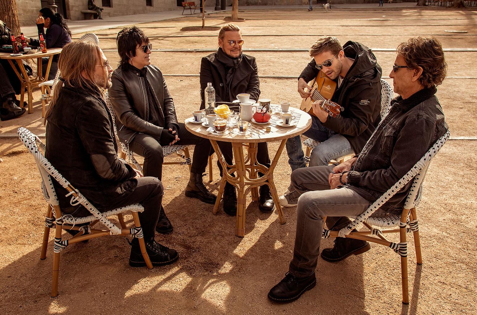 Mana S Rayando El Sol Original Song Vs New Pablo Alborã N Collaboration Billboard Billboard