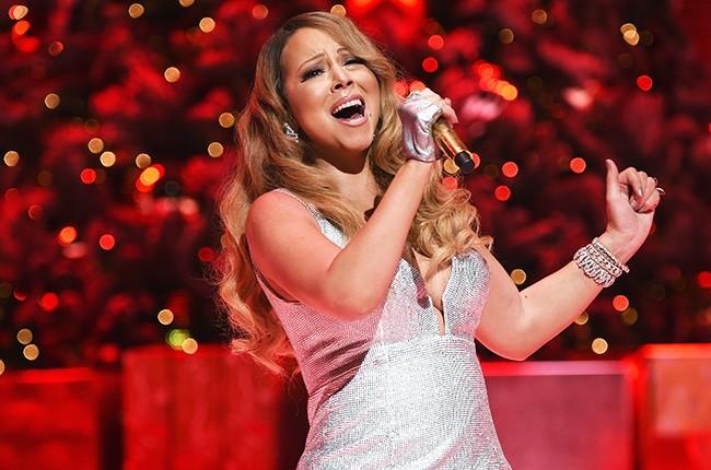 mariah-carey-christmas-concert-beacon-dec-2014-billboard-650